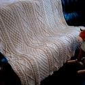 Kézzel kötött, bézs gyapjú takaró, Otthon, lakberendezés, Lakástextil, Takaró, ágytakaró, Kötés, Puha, meleg, vastag,festetlen birkagyapjúból készült, természetes bézs szinű, kézzel kötött takaró...., Meska