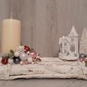 Karácsonyi asztaldísz!, Karácsony, Otthon & lakás, Karácsonyi dekoráció, Dekoráció, Ünnepi dekoráció, Lakberendezés, Asztaldísz, Virágkötés, A képen látható téli asztaldísz tökéletes dekoráció az ünnepi asztalon. Különleges, henger alakú fa..., Meska
