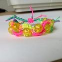 Szivárvány karkötő kislányoknak, Ékszer, óra, Karkötő, Színes fonalból és gyöngyökből készítettem a kislányoknak a karkötőt. Hossza 11cm és 14c..., Meska