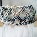 Elegancia karkötő, Ékszer, Karkötő, Csomózás, Ékszerkészítés, Fényes makramé fonalból készítettem el ezt az ékszert. Szolíd színeivel bármilyen ruhához viselhető..., Meska