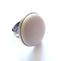 Beige - bézs  VALÓDI bőr gyűrű, Ékszer, Gyűrű, Egyedi ajándék és egyedi viselet a szépséges és elegáns dolgok kedvelőinek:) A gyűrű alapjának átmér..., Meska