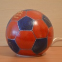 FC Barcelona lámpa, Focilabda lámpa egyedi feliratozással, kézzel festett asztali üveglámpa, hangulatfény, Otthon, lakberendezés, Lámpa, Asztali lámpa, Hangulatlámpa, Festett tárgyak, Üvegművészet, FC Barcelona rajongó gyerekek vagy akár felnőttek számára készül ez a focilabda formájú kézzel fest..., Meska