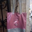 Flamingós táska , Táska, Válltáska, oldaltáska, Szatyor, Tarisznya, Egyedi, saját gyártású táska. Műbőr fülei szegecseltek, amiket össze lehet patentolni. Belül egy zse..., Meska