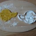 Star Wars( Yoda) sütemény kiszúró forma, Konyhafelszerelés, Mindenmás, Férfiaknak, 3D eljárással készült sütemény kiszúró forma.  Mérete a legszélesebb pontjain:10x5,5cm., Meska