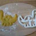 Dinoszaurusz sütemény kiszúró forma, Konyhafelszerelés, Baba-mama-gyerek, Mindenmás, 3D eljárással készült sütemény kiszúró forma.  Mérete a legszélesebb pontjain:9x7cm., Meska