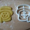Hóember sütemény kiszúró forma, Konyhafelszerelés, Dekoráció, Karácsonyi, adventi apróságok, Mindenmás, Ünnepi dekoráció, 3D eljárással készült sütemény kiszúró forma.  Mérete a legszélesebb pontjain:7x6,5cm., Meska