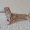 Tacskó kutya, Dekoráció, Dísz, Gyerekek egyik kedvenc kisállata 36 cm hosszú, Meska