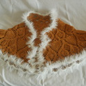 Alkalmi pelerin, Ruha, divat, cipő, Női ruha, Felsőrész, póló, Poncsó, Horgolás, Különleges fonalakból készítettem ezt az alkalmi viseletet.  A réz színű fonal mellett húzódó csill..., Meska