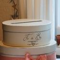 Esküvői boríték gyújtő doboz, Dekoráció, Esküvő, Esküvői dekoráció, Festett tárgyak, Mindenmás, Elegáns, festett boríték gyűjtő doboz , melyben a menyasszonyi torta formája köszön vissza. Tört fe..., Meska