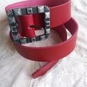 Piros öv dekoratív csattal, Ruha, divat, cipő, Öv, Kiváló minőségű 4 mm vastag 4 cm széles piros marhabőr öv, dekoratív csattal.  , Meska