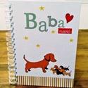 kutyusos babanapló - szépséghibás, Baba-mama-gyerek, Naptár, képeslap, album, Baba-mama kellék, Borító hátlapján kis felületű nyomdai hiba látható, ami a rendeltetésszerű használatot nem befolyáso..., Meska