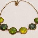 The Lights of Emerald City - tűzzománc nyaklánc ragyogó zöld árnyalatokban, Ékszer, óra, Nyaklánc, A zöld három árnyalatában ragyog ez a különleges nyaklánc: transzparens (áttetsző) mohazöl..., Meska