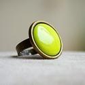 Chartreuse zöld kerek tűzzománc gyűrű, Ékszer, óra, Gyűrű, Tudtad, hogy a Chartreuse egy zöld színű francia likőr?  Erről kapta a nevét ennek a fülbeval..., Meska
