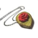 Piros mini rózsa nyaklánc- virág valódi bőrből, Ékszer, óra, Medál, Nyaklánc, Bőrművesség, Ékszerkészítés, Különleges kis nyaklánc, valódi bőrből készült pici dupla levél,rózsával. Elegáns visszafogott nyak..., Meska