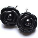 Black Peony-fülbevaló valódi bőrből, Ékszer, Fülbevaló, Két bájos fekete valódi bőr rózsa, fekete üveggyönggyel a közepén.  Elegáns és különleges fülbevaló,..., Meska