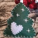 Filc karácsonyfadísz, Dekoráció, Ünnepi dekoráció, Karácsonyi, adventi apróságok, Karácsonyfadísz, Varrás, Teljes egészében kézzel készült karácsonyfadíszek filcből.  Bármely színben rendelhető. Egy darab d..., Meska