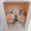 Pasztell virágbox, Otthon & Lakás, Dekoráció, Csokor & Virágdísz, Mindenmás, Élethű minőségi virágokból készült virágdoboz. Bármilyen alkalomra kiváló ajándék lehet. Pasztell s..., Meska