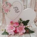 Csupa szív Anyák napjára, Otthon & Lakás, Dekoráció, Dísztárgy, Virágkötés, Szív a szíven. Igazi Anyák napi ajándék. Festett fa alapra készült. Rózsaszín vadrózsa virággal és ..., Meska
