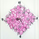 Fehér alapon pink virágok.Kézzel festett egyedi falióra, Dekoráció, Otthon, lakberendezés, Falióra, Festészet, Festett tárgyak,  Fa alapra akril festékkel festve készült ez az egyedi falióra.A termék készleten van,de rendelhető..., Meska