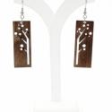 Fa mintájú fülbevaló fából, Ékszer, Fülbevaló, Mérete: 4,8x1,8cm, ehhez jön a fém alap, ami  2cm hosszúságú.  A képen látható fülbevaló anyaga réte..., Meska