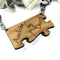 Szerelmespár tömörfa páros kulcstartó + egyedi gravírozás Valentin nap, Mindenmás, Szerelmeseknek, Kulcstartó, Gravírozott fa páros kulcstartók szerelmespároknak, házaspároknak, de akár barátnőknek, családtagokn..., Meska