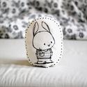Párna - nyúl nyuszi - fekete fehér - FF - gyerekszoba - babaszoba - dekoráció, Limitált darabszámban, saját grafikával, texti...
