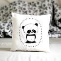 Párna - panda pandamaci pandás - fekete fehér - FF - gyerekszoba - babaszoba - dekoráció, Otthon, lakberendezés, Baba-mama-gyerek, Gyerekszoba, Lakástextil, Limitált darabszámban, saját grafikával, textilnyomtatással készült pandás párna. Méret: 34x34 cm. T..., Meska