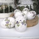 Kézzel festett ibolyás fa húsvéti tojás , Dekoráció, Húsvéti díszek, Ünnepi dekoráció, 6 darab, ibolyás mintával díszített húsvéti tojás.   A bükkfából esztergált tojásokat aprólékos munk..., Meska