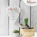 Anyák napi szív függő, Dekoráció, Otthon, lakberendezés, Dísz, Kézzel festett tulipános mintával, és kedves, anyák napi köszöntő szöveggel díszített szív függő. Jó..., Meska