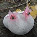 Rózsaszín virág fülbevaló, Ékszer, Fülbevaló, Rózsaszín akril virágokból készítettem ezt a különleges fülbevalót virág kedvelőknek.  E..., Meska
