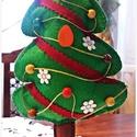 Karácsonyfa feldíszítve, filcből varrt dekoráció, Dekoráció, Ünnepi dekoráció, Karácsonyi, adventi apróságok, Karácsonyi dekoráció, , Meska