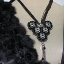 Gótikus nyakék, Alkalmi gyöngy hímzett nyakék gótikus stílusb...
