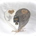 Yin yang esküvői szerelemlakat, antikolt fehér és szürke szív alakú doboz, nászajándék, évforduló, Esküvő, Szerelmeseknek, Nászajándék, Festett tárgyak, Ha igazán maradandót szeretnél ajándékozni esküvőre, évfordulóra vagy csak úgy szerelemből válaszd ..., Meska