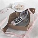 Autós pénzátadó szív doboz, esküvő, eljegyzés, nászajándék(hófehér fém autóval), Esküvő, Nászajándék, Ifjú házasoknak, nászajándéknak, eljegyzésre, ... ötletes pénzátadó. Lepd meg szívednek legkedvesebb..., Meska