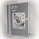 Textil borítású, szürke alapon fehér pöttyös, receptgyűjtő gyűrűs mappa ,füzet, A4 (III.), Konyhafelszerelés, Receptfüzet, Könyvkötés, Varrás, A4-es gyűrűs mappa könyvkötő technikával kívül-belül bekötve. Irattartó fólia használatával a kinyo..., Meska