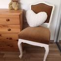 Shabby Chic krémfehér színű szék, Bútor, Otthon, lakberendezés, Szerelmeseknek, Szék, fotel, Egyedi, Shabby Chic stílusban felújított antik szék.   MÉRETEI:  Széktámla magassága: 88 cm Ülőfelül..., Meska