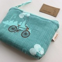 Bicikli mintás irattartó pénztárca türkiz színben, Táska, Pénztárca, tok, tárca, Neszesszer, Pénztárca, Bicikli mintás designer textilből készül ez az  irattartó pénztárca, türkiz színben. Belsejébe táska..., Meska