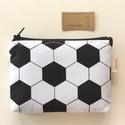 Foci rajongók - fekete-fehér irattartó pénztárca, neszesszer, Focilabda mintás fekete-fehér pamut textilből k...