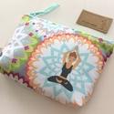 Jóga mintás irattartó pénztárca - NAMASTE, Jóga mintás pamut textilből készül ez az  ira...