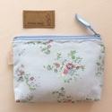 Újrahasznosított, romantikus virág mintás, irattartó pénztárca pasztell színben