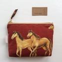 Ló, lovas mintás irattartó pénztárca - Artiroka design, Férfiaknak, Táska, Divat & Szépség, NoWaste, Táska, Pénztárca, tok, tárca, Pénztárca, Pamut textilből készítettem ezt a ló / lovas mintás irattartó pénztárcát. Belsejébe táskabélést vasa..., Meska