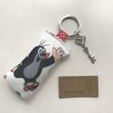 Kisvakond mintás kulcstartó, vintage kulcs dísszel - Artiroka design