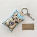 Kutya mintás kulcstartó, kis vintage kulccsal - Golden - Németjuhász - Bernáthegyi  - Artiroka design