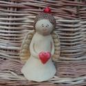 Karácsonyi angyal szobrocska szívvel, Ha kisebb ajándékot keresel, valami egyedit szer...