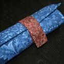 Feltekerhető ceruzatartó kék,  14 db ceruza tárolására alkalmas textil ceruza...
