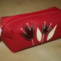 Tolltartó piros textilbőr, Nagyon jól pakolható, mélypiros textilbőrből ...