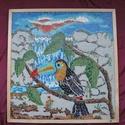 Üvegmozaik: Tukán vízeséssel, Dekoráció, Otthon, lakberendezés, Kép, Falikép, Mozaik, Üvegművészet, Tukán vízeséssel: színes üvegmozaik kép   64 x 67 cm  A képhez egyedileg, kézzel törtem, csiszoltam..., Meska