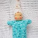 Kék virágos manócska, Puha ölelgetni való kis manó kicsiknek és nagy...