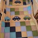 Patchwork babatakaró+ kispárna, Baba-mama-gyerek, Gyerekszoba, Falvédő, takaró, Varrás, Patchwork, foltvarrás, színes pamutvászonból készült   baba takaró és kispárna Mérete:75x 95cm töltete műszálas (200gr-os ..., Meska