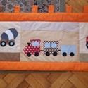 Járműves patchwork falvédő, Baba-mama-gyerek, Otthon, lakberendezés, Gyerekszoba, Falvédő, takaró, fotlvarrás technikával készítettem ezt a  járműves falvédőt, mérete 56x 170cm 3 rétegű, a..., Meska